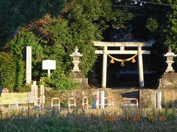 砥神神社.JPG